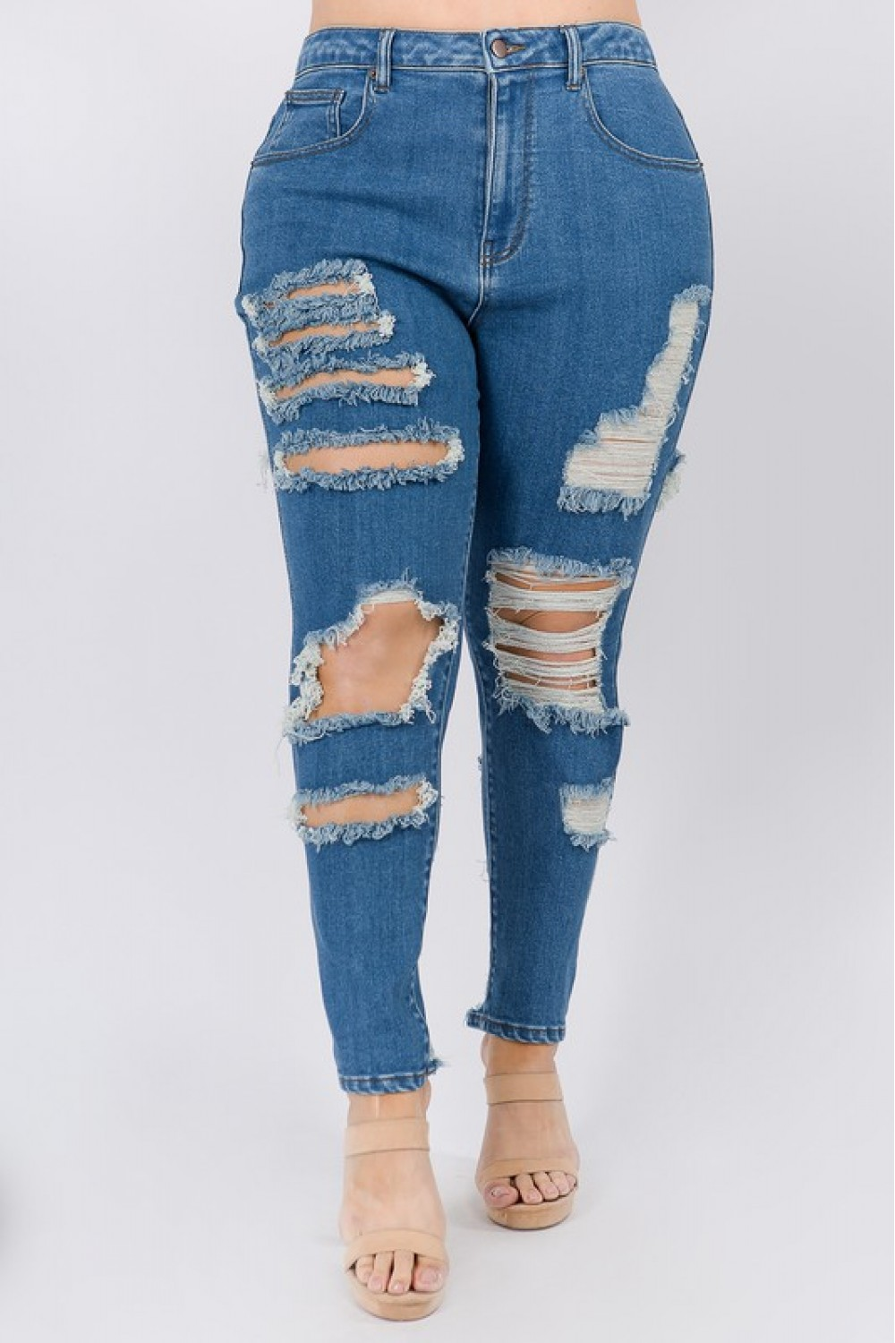 5TH1025<br/>Plus Size High Waist Destroyed Trimmed Jeans.
